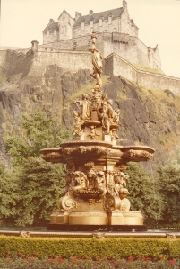 Edinburgh Fountain and Castle